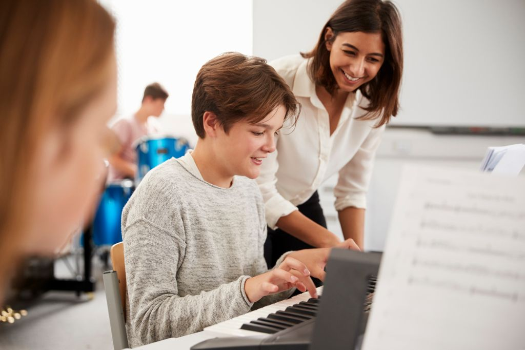 learn to play, music, keyboard, instrument, ashland county community academy